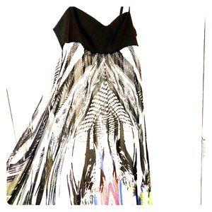Dresses & Skirts - MarcCain long maxi dress